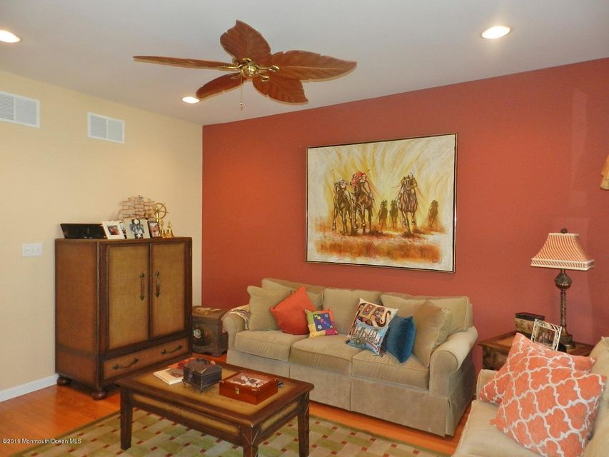 Additional photo for property listing at 5 Whitman Terrace  Long Branch, Nueva Jersey 07740 Estados Unidos