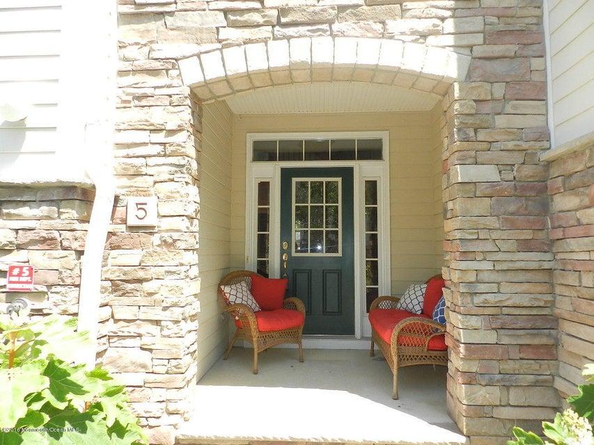 Condominio por un Alquiler en 5 Whitman Terrace Long Branch, Nueva Jersey 07740 Estados Unidos