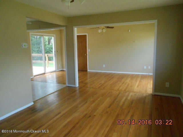 Additional photo for property listing at 289 Sky Manor Boulevard  Brick, New Jersey 08723 United States