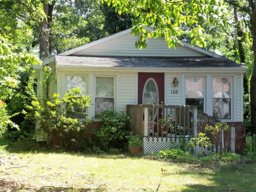 Additional photo for property listing at 108 Anthony Avenue  Toms River, Nueva Jersey 08753 Estados Unidos