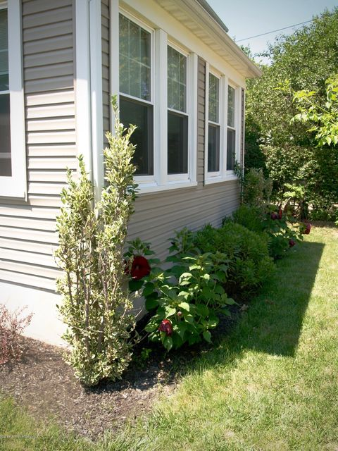 Additional photo for property listing at 104 Bank Street  Red Bank, New Jersey 07701 États-Unis