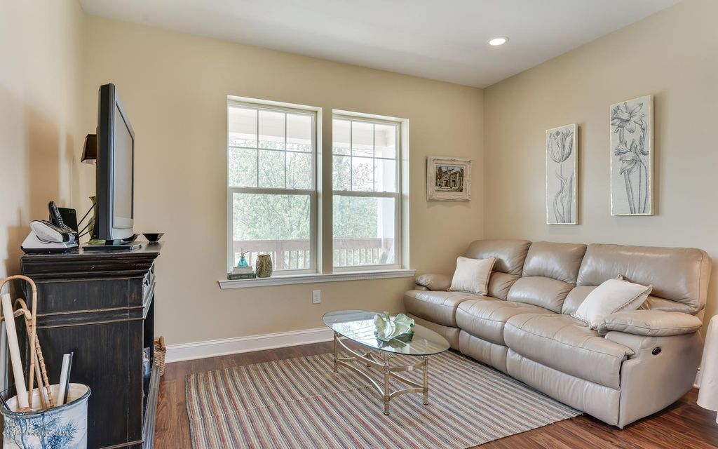 Additional photo for property listing at 268 Virginia Avenue  Manasquan, New Jersey 08736 États-Unis