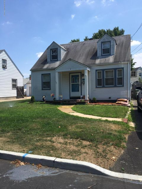 Maison unifamiliale pour l Vente à 249 9th Street South Amboy, New Jersey 08878 États-Unis