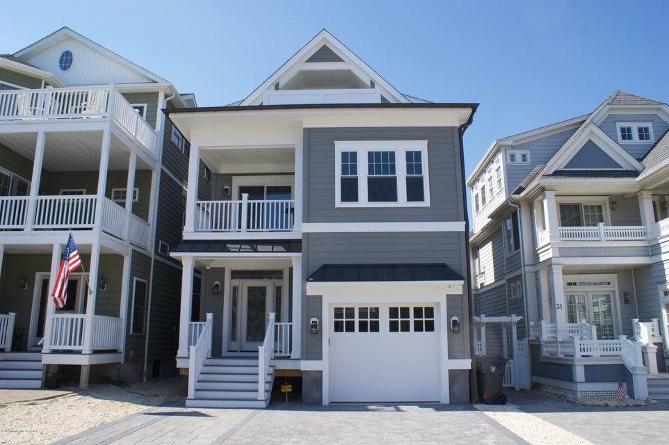 独户住宅 为 销售 在 29 5th Avenue 诺曼底海滩, 新泽西州 08739 美国