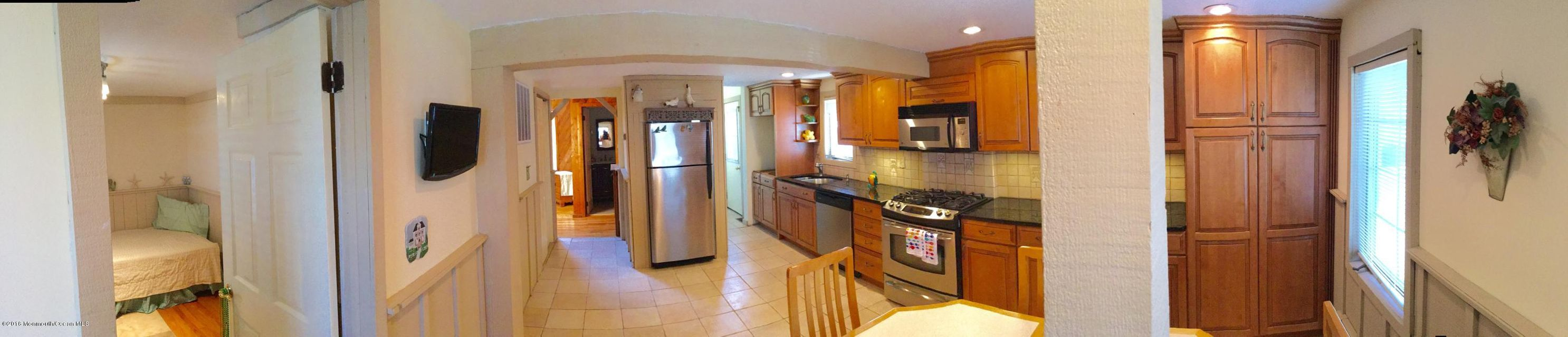 Additional photo for property listing at 704 Central Avenue  Seaside Park, New Jersey 08752 United States
