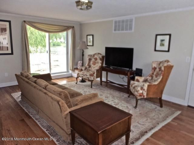 Additional photo for property listing at 400 Ocean Road  Spring Lake, New Jersey 07762 United States