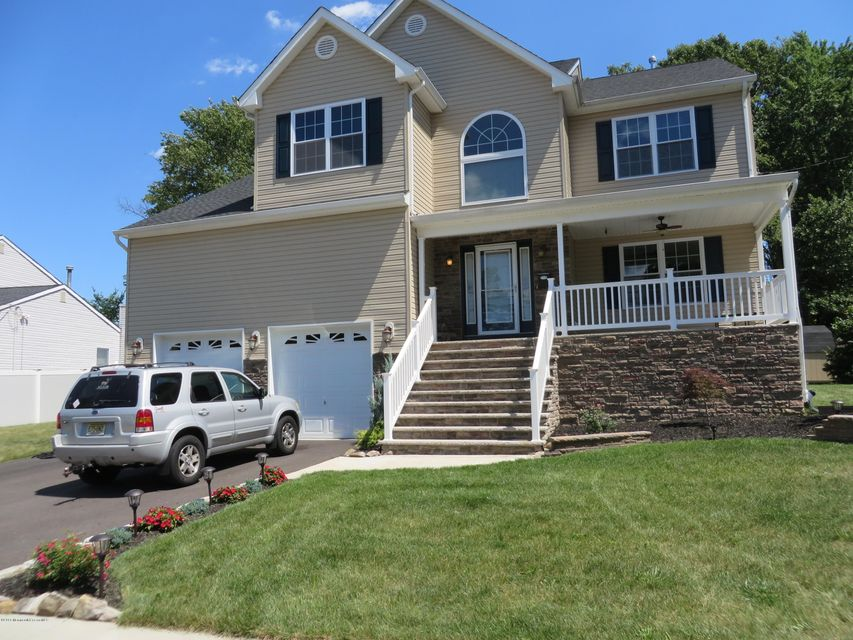 Single Family Home for Sale at 20 Bedle Road Hazlet, New Jersey 07730 United States