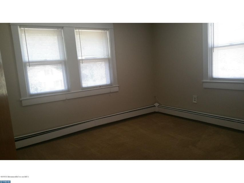 Additional photo for property listing at 57 Main Street  Allentown, New Jersey 08501 États-Unis