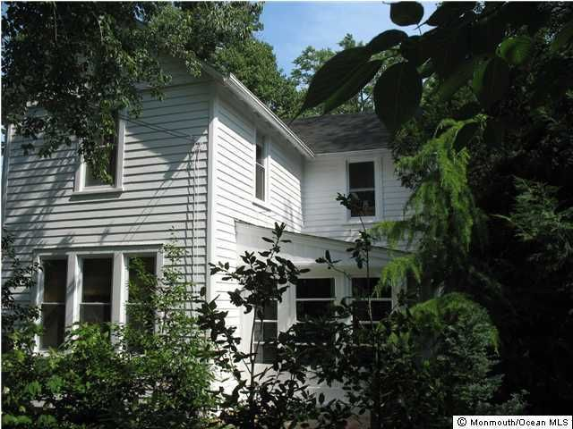 Single Family Home for Sale at 223 Navesink Avenue Atlantic Highlands, New Jersey 07716 United States