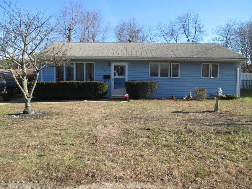 Maison unifamiliale pour l Vente à 406 Applegate Avenue South Toms River, New Jersey 08757 États-Unis