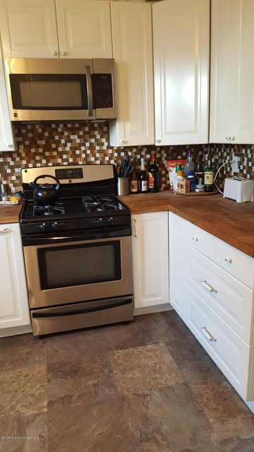 Additional photo for property listing at 266 1st Street  South Amboy, 新泽西州 08879 美国