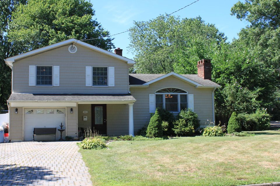 Single Family Home for Sale at 602 Dogwood Terrace New Monmouth, New Jersey 07748 United States