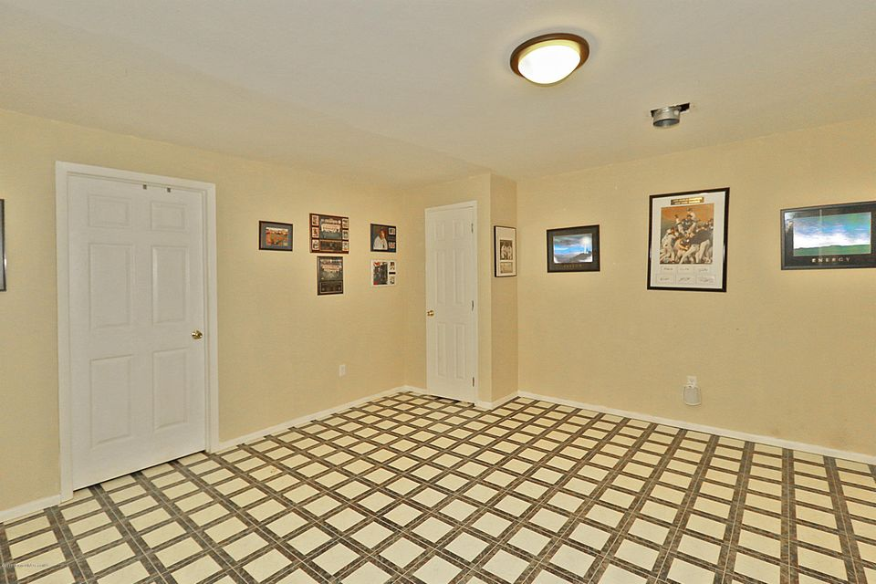 Additional photo for property listing at 1395 White Spruce Drive  Toms River, Nueva Jersey 08753 Estados Unidos