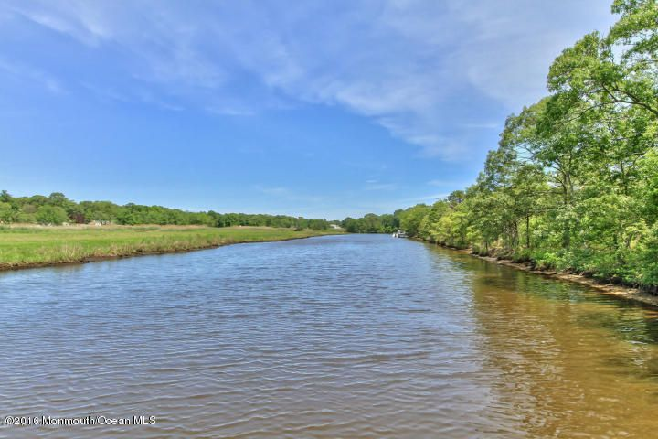 Additional photo for property listing at 167 Lake Avenue 167 Lake Avenue Island Heights, Nueva Jersey 08732 Estados Unidos