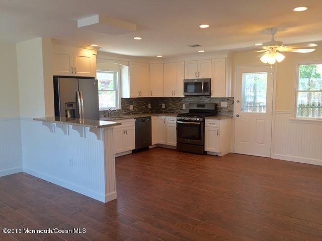 Additional photo for property listing at 204 Kathryn Street  Lavallette, 新泽西州 08735 美国