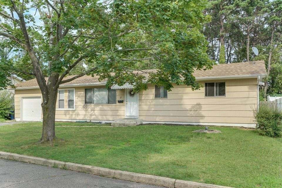 Additional photo for property listing at 8 Parkway Boulevard  South Toms River, Nueva Jersey 08757 Estados Unidos