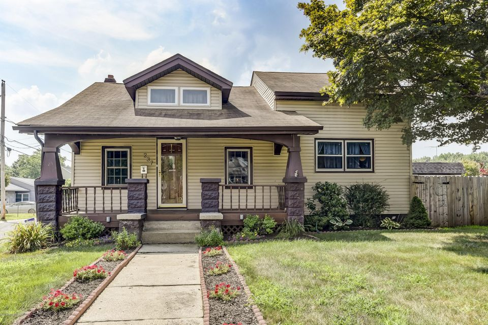 Single Family Home for Sale at 237 Main Street Port Monmouth, New Jersey 07758 United States