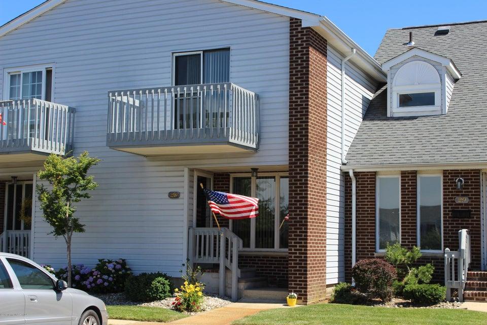 Condominio por un Venta en 25 Meadow Avenue Monmouth Beach, Nueva Jersey 07750 Estados Unidos