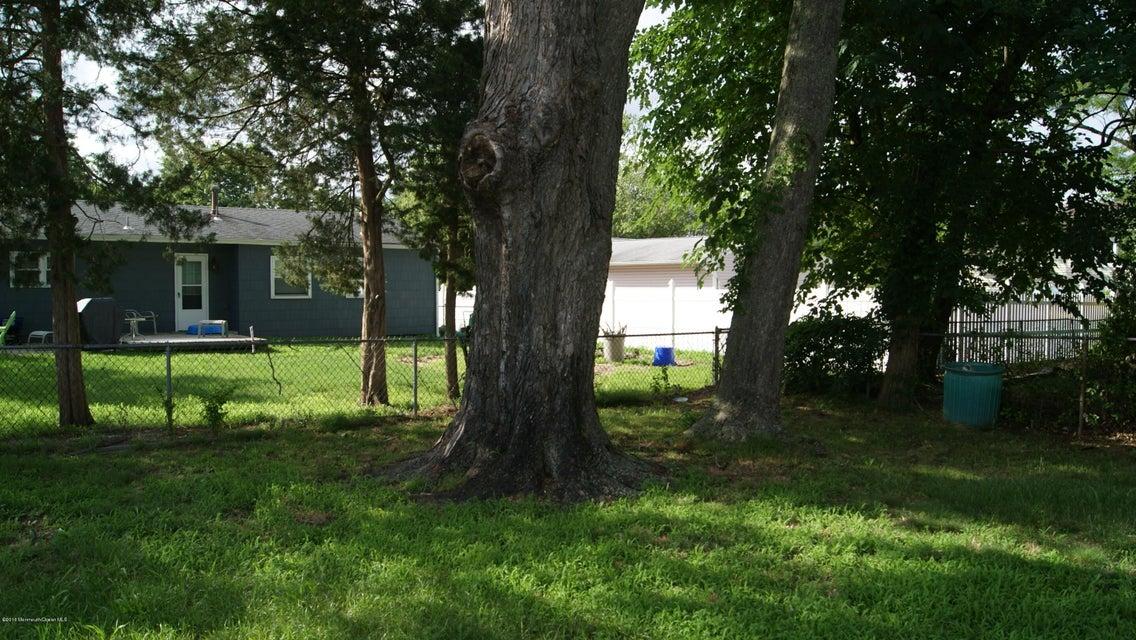 Additional photo for property listing at 956 Hunt Drive  汤姆斯河, 新泽西州 08753 美国