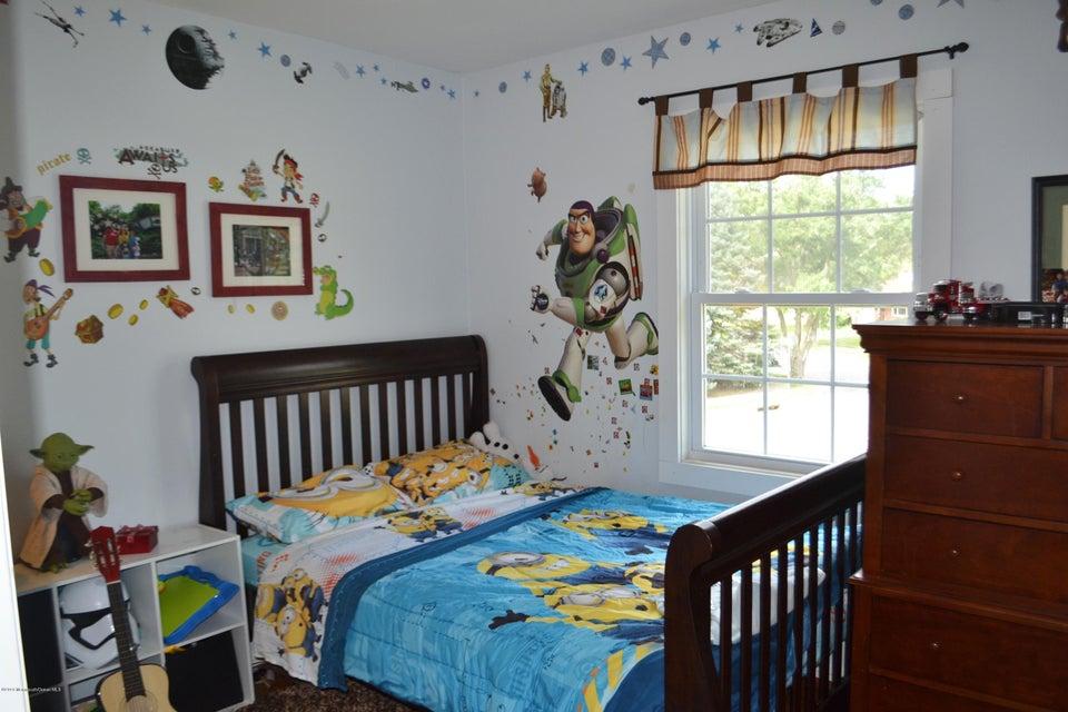 Additional photo for property listing at 240 Colonial Drive  Brick, Nueva Jersey 08724 Estados Unidos