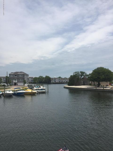 Additional photo for property listing at 1320 Marine Parkway  Point Pleasant, Nueva Jersey 08742 Estados Unidos