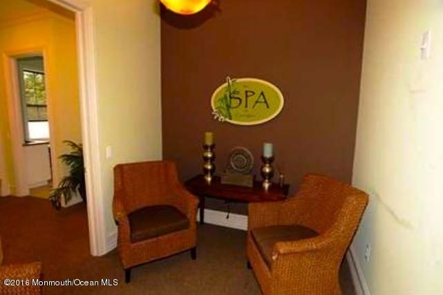 Additional photo for property listing at 515 Sophee Lane  Lakewood, New Jersey 08701 États-Unis