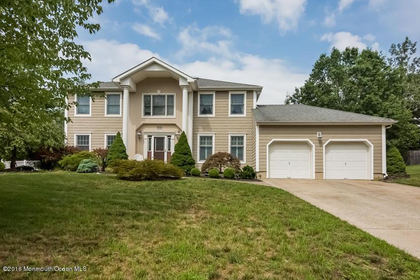 Maison unifamiliale pour l Vente à 3250 Rambling Hill Court Allenwood, New Jersey 08720 États-Unis