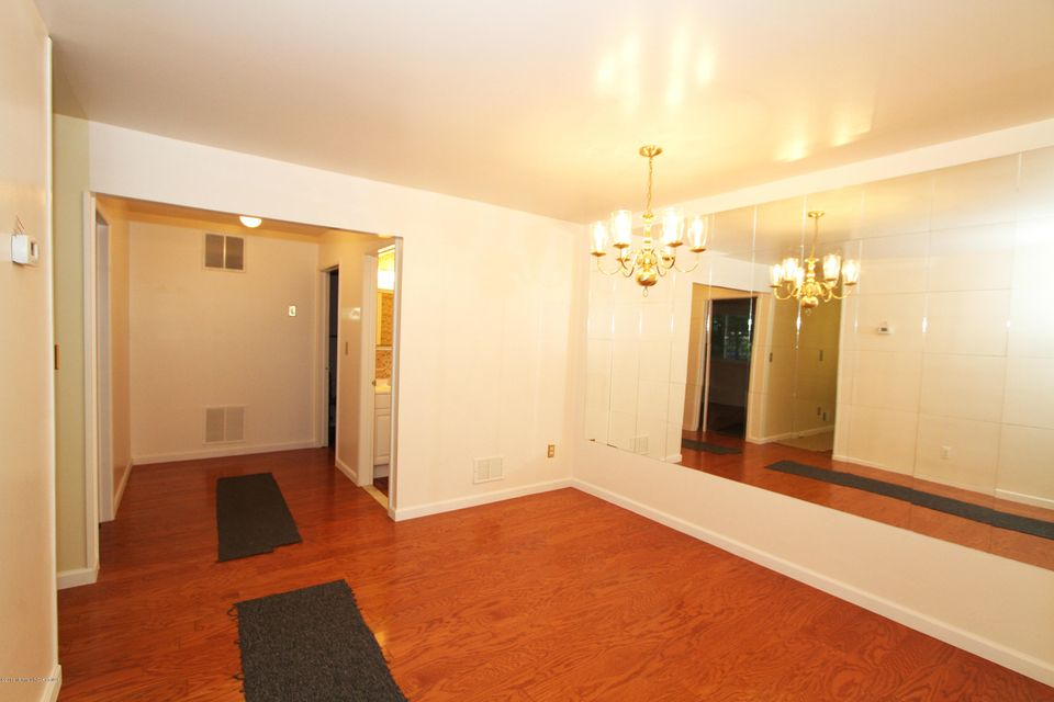 Additional photo for property listing at 32 Kathy Court  布里克, 新泽西州 08724 美国
