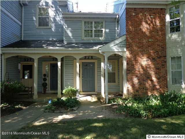 Additional photo for property listing at 326 Tulip Lane  Freehold, New Jersey 07728 United States