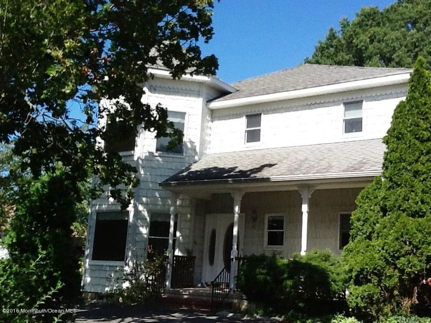 Single Family Home for Sale at 147 Comanche Drive Oceanport, New Jersey 07757 United States