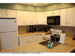 Additional photo for property listing at 1144 Schmidt Lane  North Brunswick, Nueva Jersey 08902 Estados Unidos