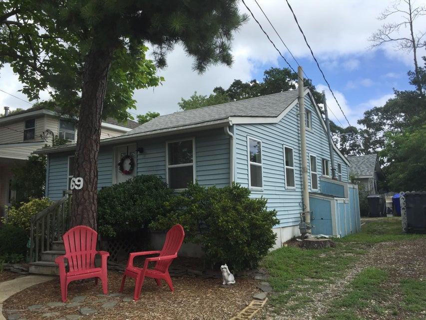 Casa Multifamiliar por un Venta en 69 Breton Road Brick, Nueva Jersey 08723 Estados Unidos