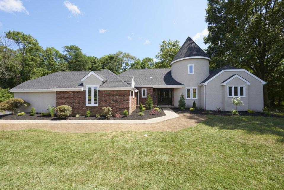 Maison unifamiliale pour l Vente à 206 Sunnyside Road Lincroft, New Jersey 07738 États-Unis