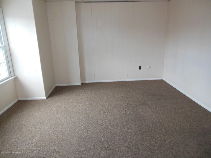 Additional photo for property listing at 245 Atlantic City Boulevard  Beachwood, 新泽西州 08722 美国