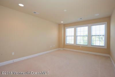 Additional photo for property listing at 23 Aspen Lane  Tinton Falls, New Jersey 07724 États-Unis