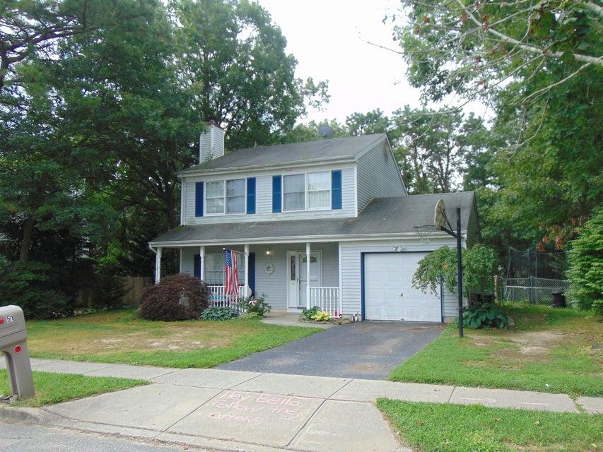 独户住宅 为 销售 在 51 Spruce Circle 巴奈加特, 新泽西州 08005 美国