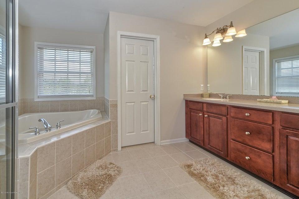 Additional photo for property listing at 16 Maciorowski Road  Sayreville, Nueva Jersey 08872 Estados Unidos
