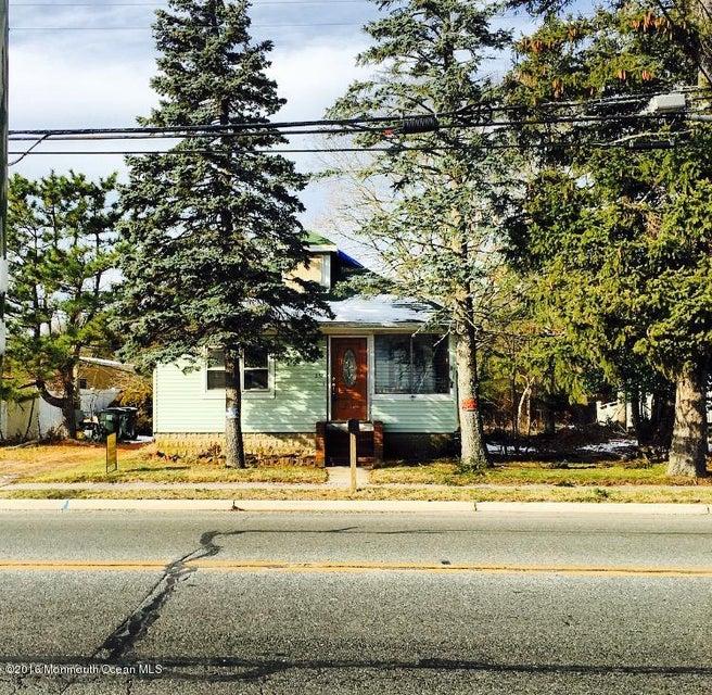 商用 为 销售 在 237 Main Street Tuckerton, 新泽西州 08087 美国