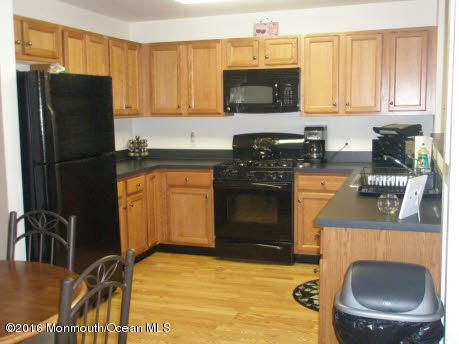 Additional photo for property listing at 197 Main Street  South Amboy, New Jersey 08879 États-Unis