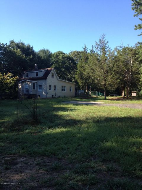 独户住宅 为 销售 在 5 Claytons Lane 纳拉潘市, 新泽西州 07726 美国