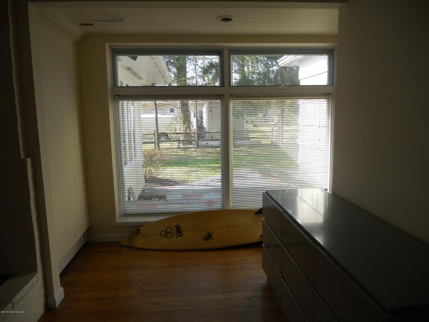 Additional photo for property listing at 501 Parker Avenue  Deal, New Jersey 07723 États-Unis