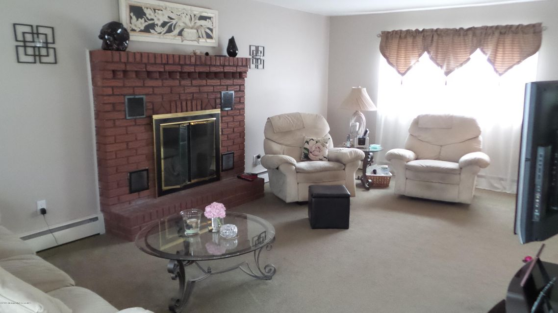 Additional photo for property listing at 1325 Sunset Avenue  Point Pleasant, Nueva Jersey 08742 Estados Unidos