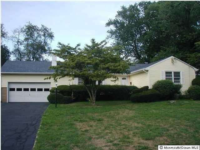 Maison unifamiliale pour l Vente à 349 Hollywood Avenue Elberon, New Jersey 07740 États-Unis