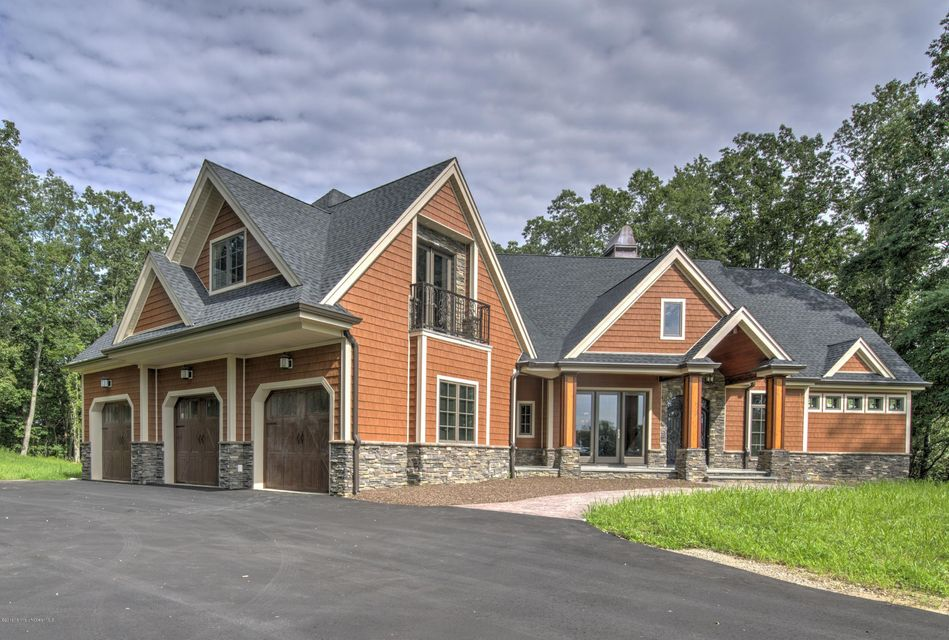 独户住宅 为 销售 在 65 Merrick Road 法明代尔, 07727 美国