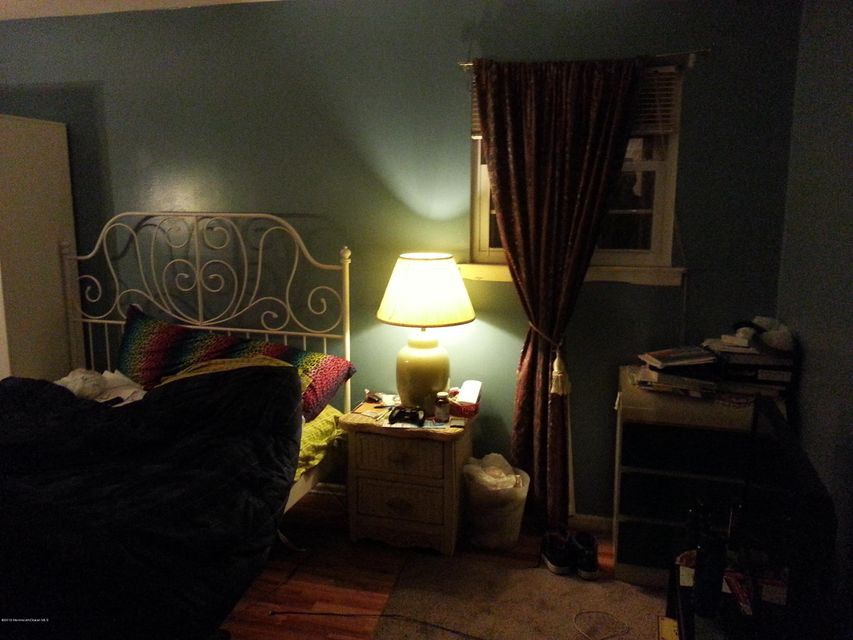 Additional photo for property listing at 369 College Drive  Edison, New Jersey 08817 United States