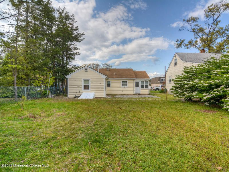 Additional photo for property listing at 599 Parker Avenue  Brick, New Jersey 08724 États-Unis