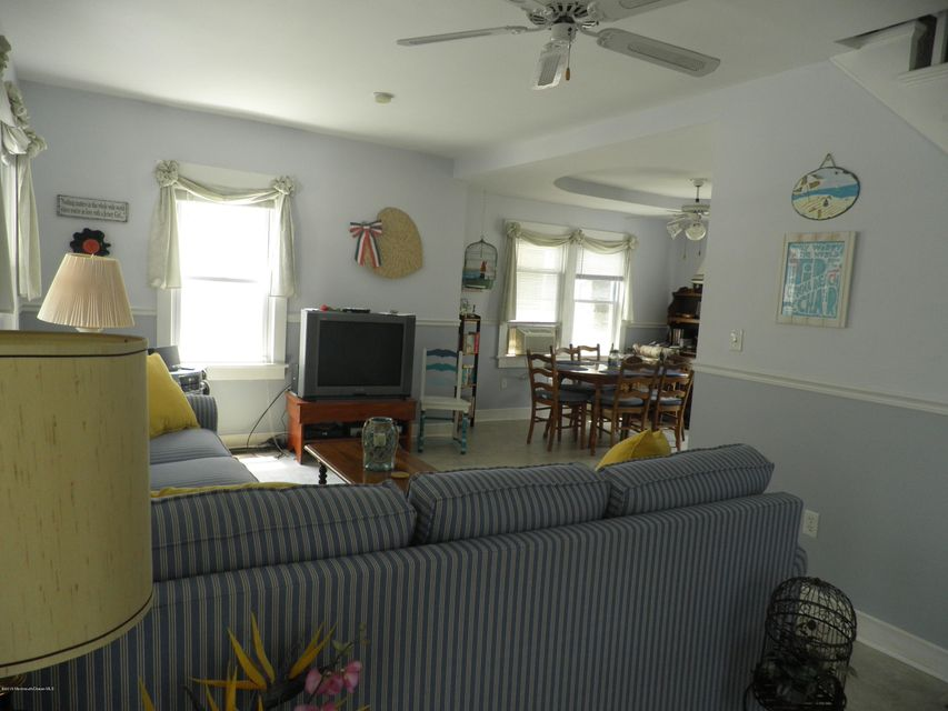 Additional photo for property listing at 709 Hammond Avenue  Bradley Beach, New Jersey 07720 États-Unis
