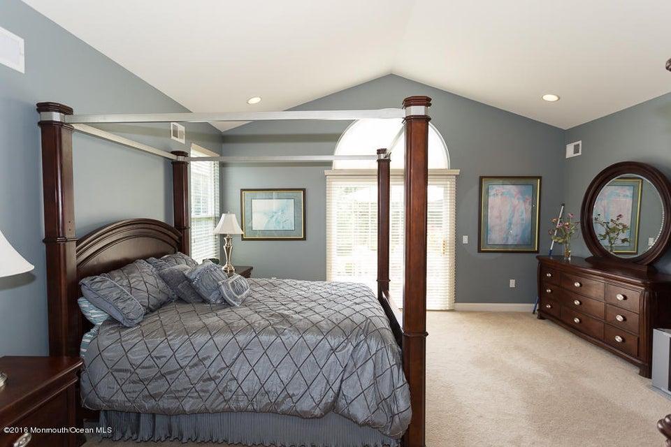 Additional photo for property listing at 518 Bennington Lane  莱克伍德, 新泽西州 08701 美国