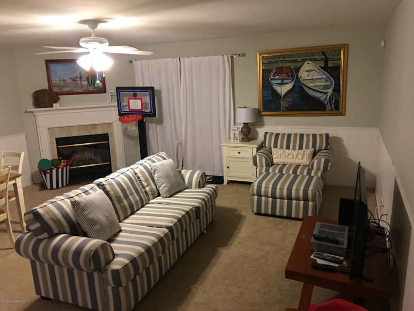 Additional photo for property listing at 31 Shore Drive  Long Branch, Nueva Jersey 07740 Estados Unidos