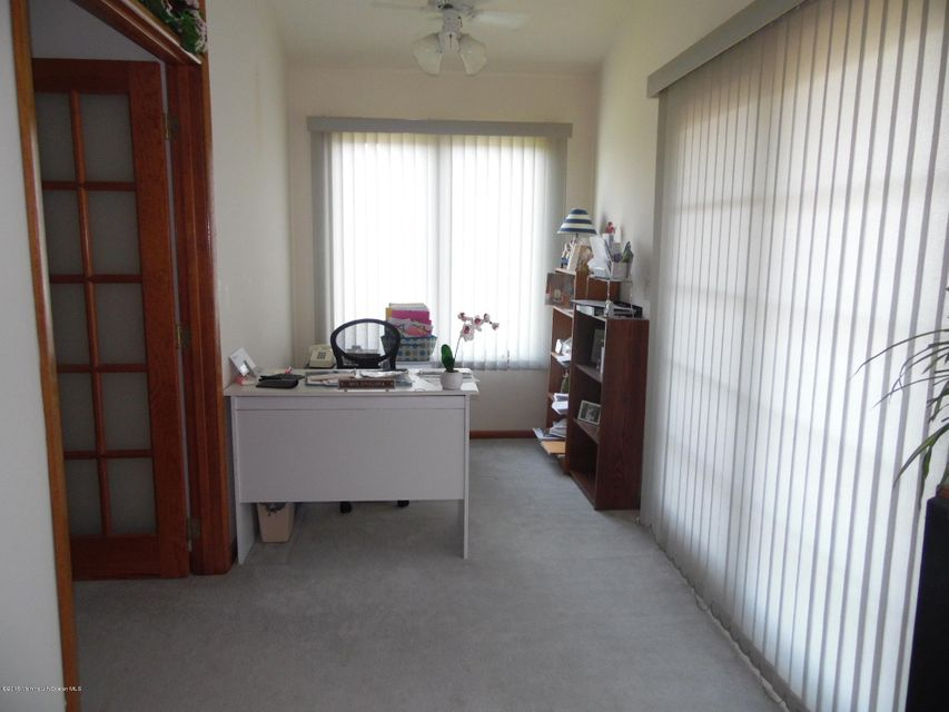 Additional photo for property listing at 3 Toronto Drive  布里克, 新泽西州 08723 美国
